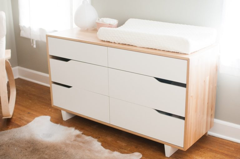 Best White Changing Tables Reviewed [2020]