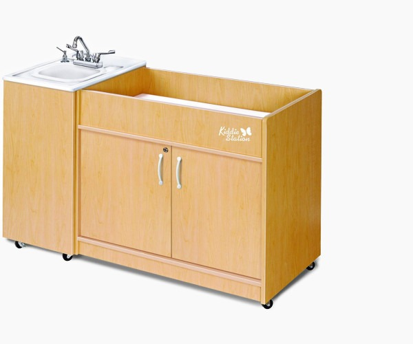 48. Ozark River Portable Sinks Kiddie Station Review
