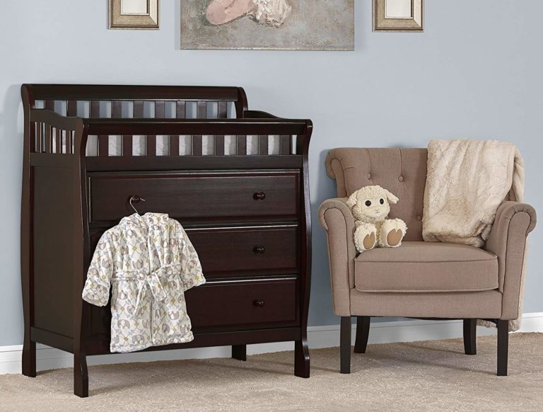 Dream on Me Marcus Changing Table and Dresser Review
