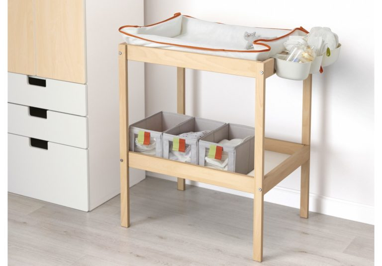 IKEA – SNIGLAR Changing Table Review
