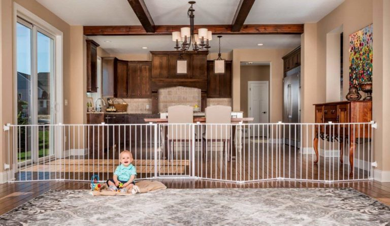 10 Best Baby Gates to Keep Your Baby Safe
