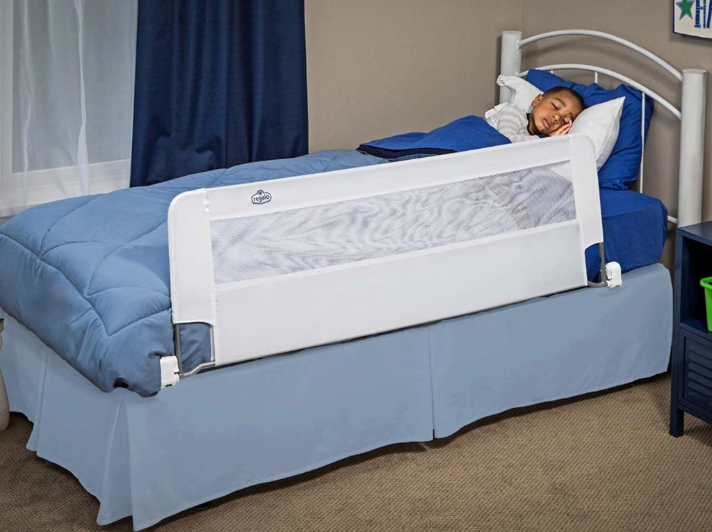 Regalo Swing Down Extra-Long Toddler Bed Rail